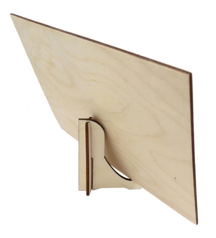 drewniany stojak na portret ze zdjęciem
